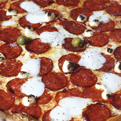 GOO-TAM PEPPERONI PIZZA